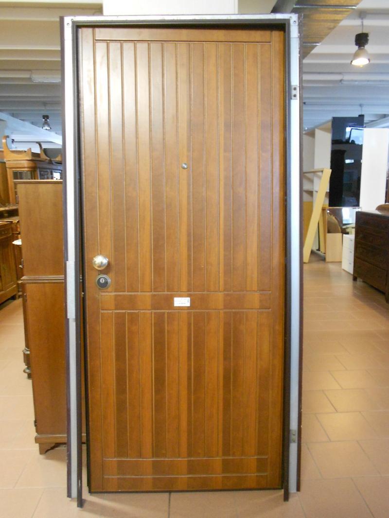 Porta blindata con telaio mercatino di brendola for Telaio porta
